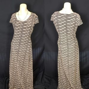 ECI NY Long Brown/Black Dress in size L